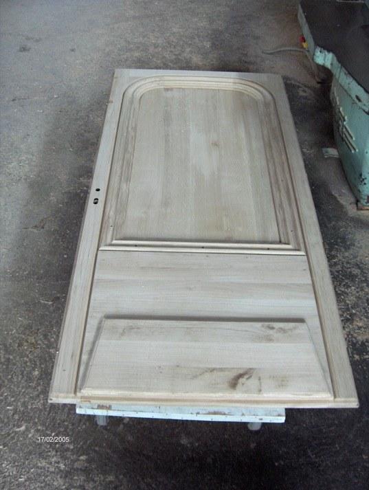 fabrication d une porte d entr e en ch ne menuiserie. Black Bedroom Furniture Sets. Home Design Ideas