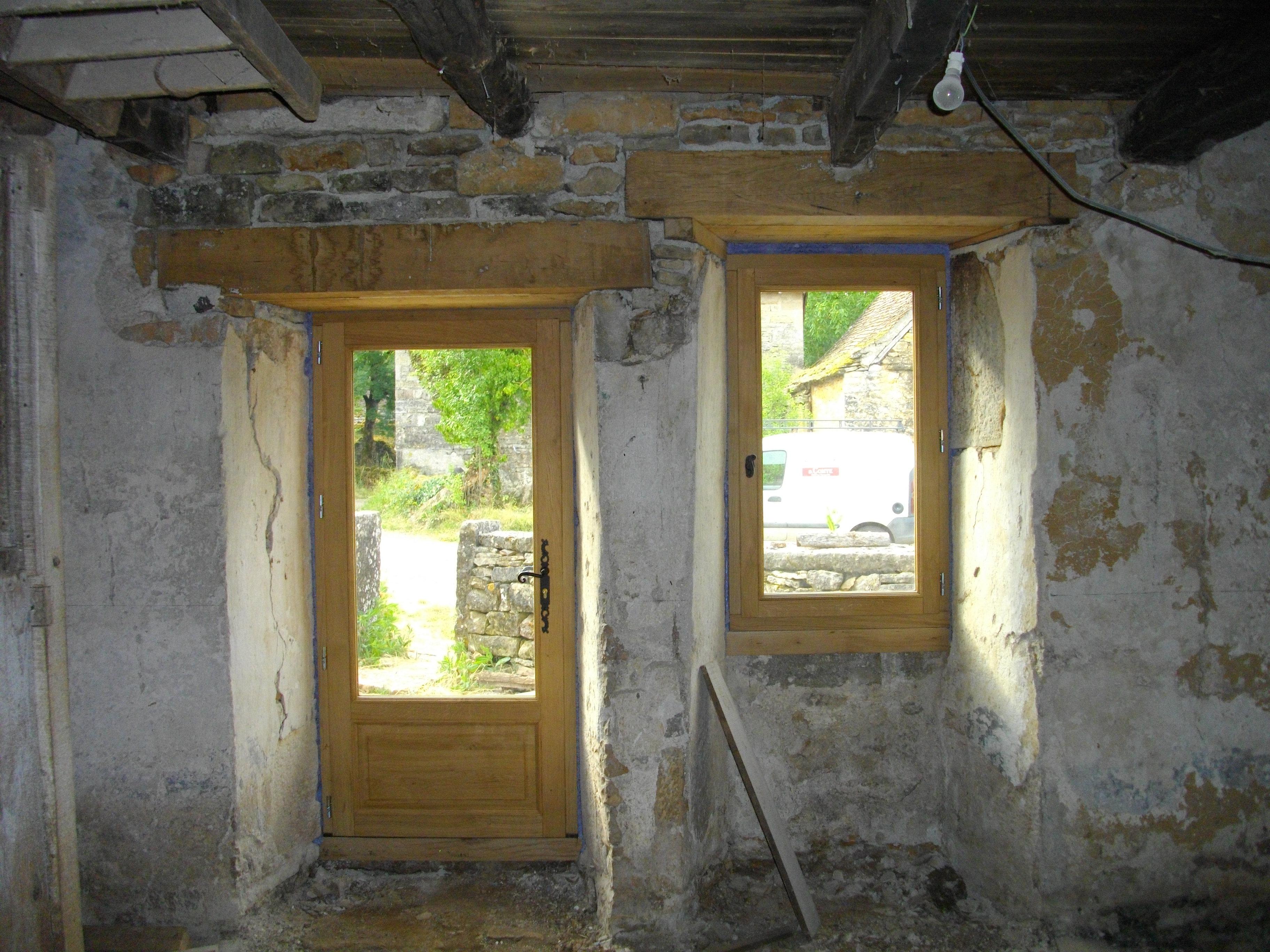Renovation Fenetre Maison Ancienne rénovation maison ancienne, fenêtre et porte fenêtre chêne